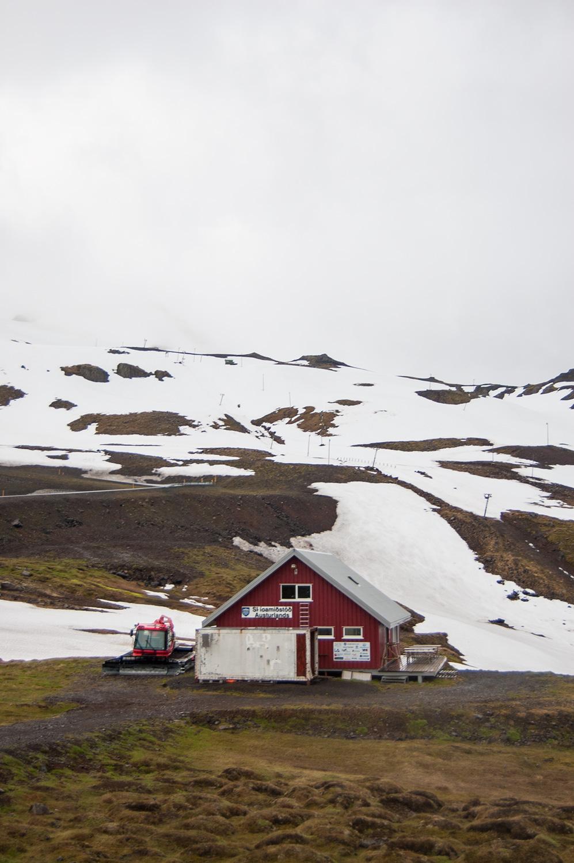 Le centre de ski.